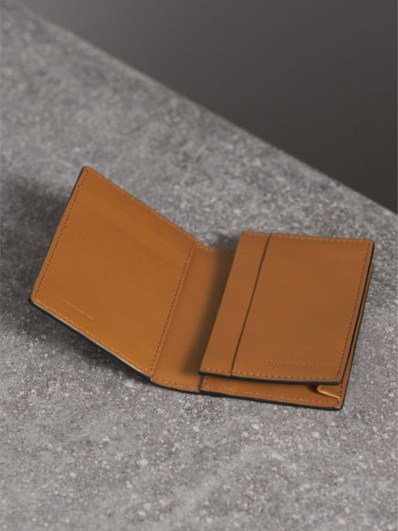 Beasts Print Leather Folding Card Case - Men | Burberry - cell image 3