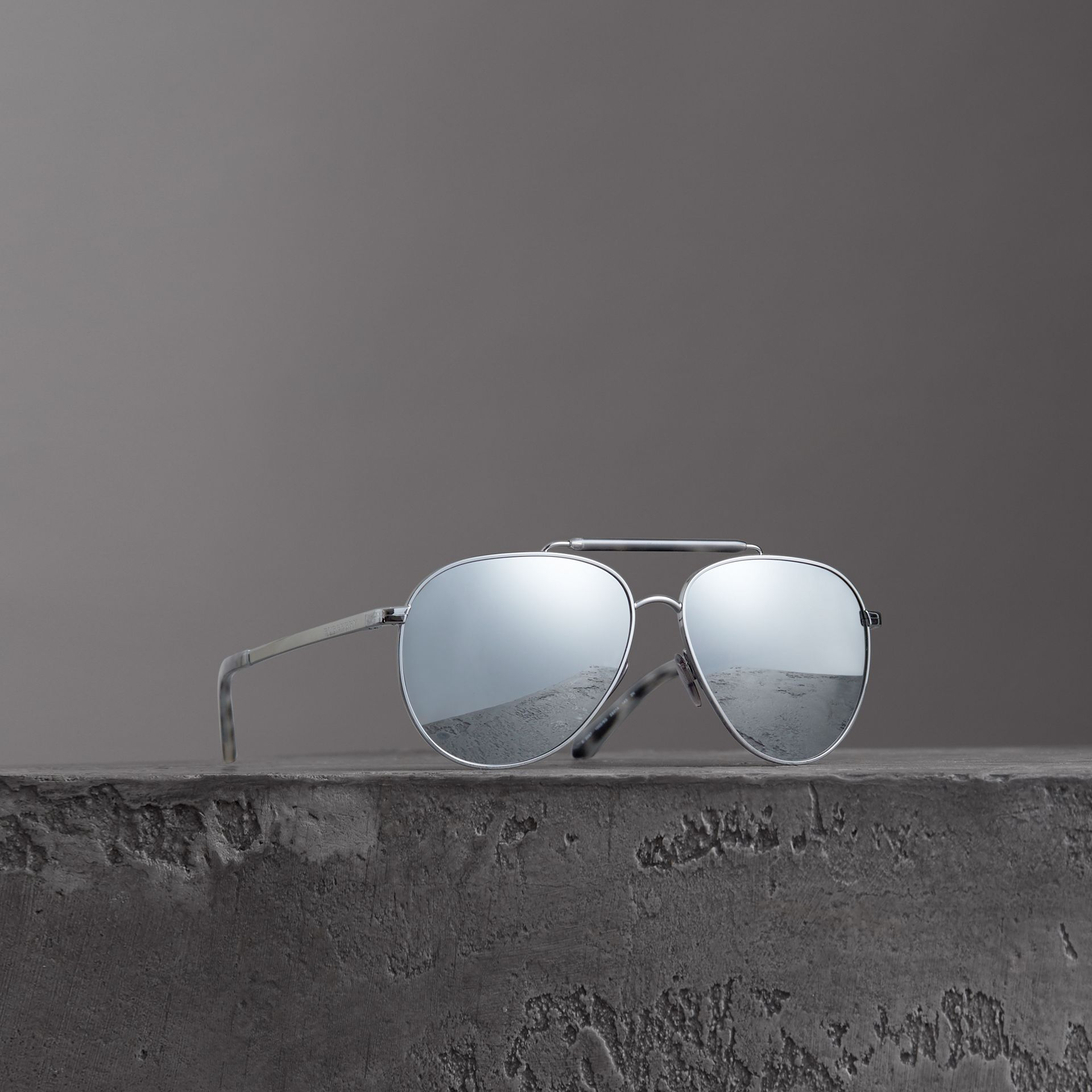 Top Bar Detail Pilot Sunglasses in Grey - Men | Burberry - gallery image 0