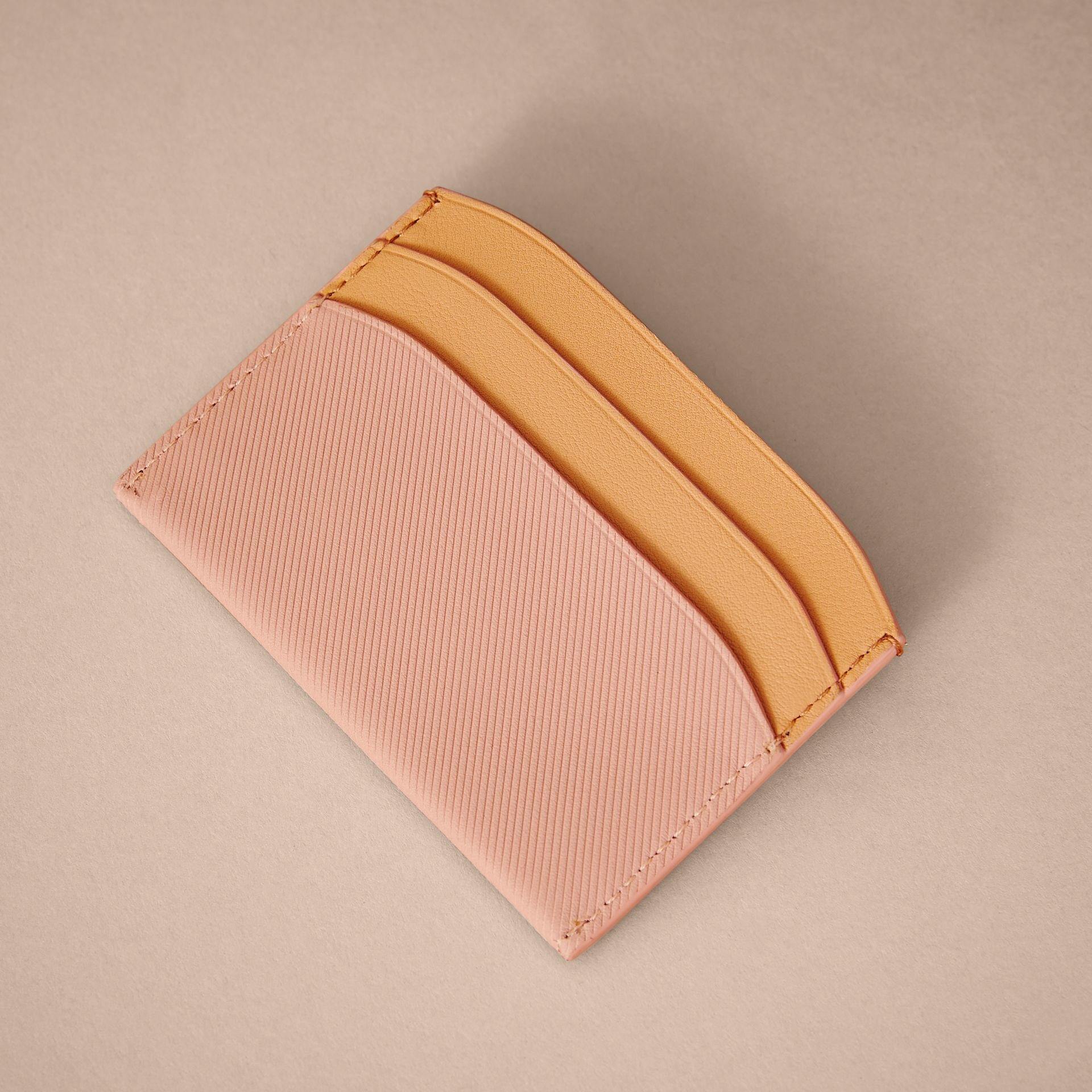 Two-tone Trench Leather Card Case in Ash Rose/pl Clemn - Women | Burberry United Kingdom - gallery image 2