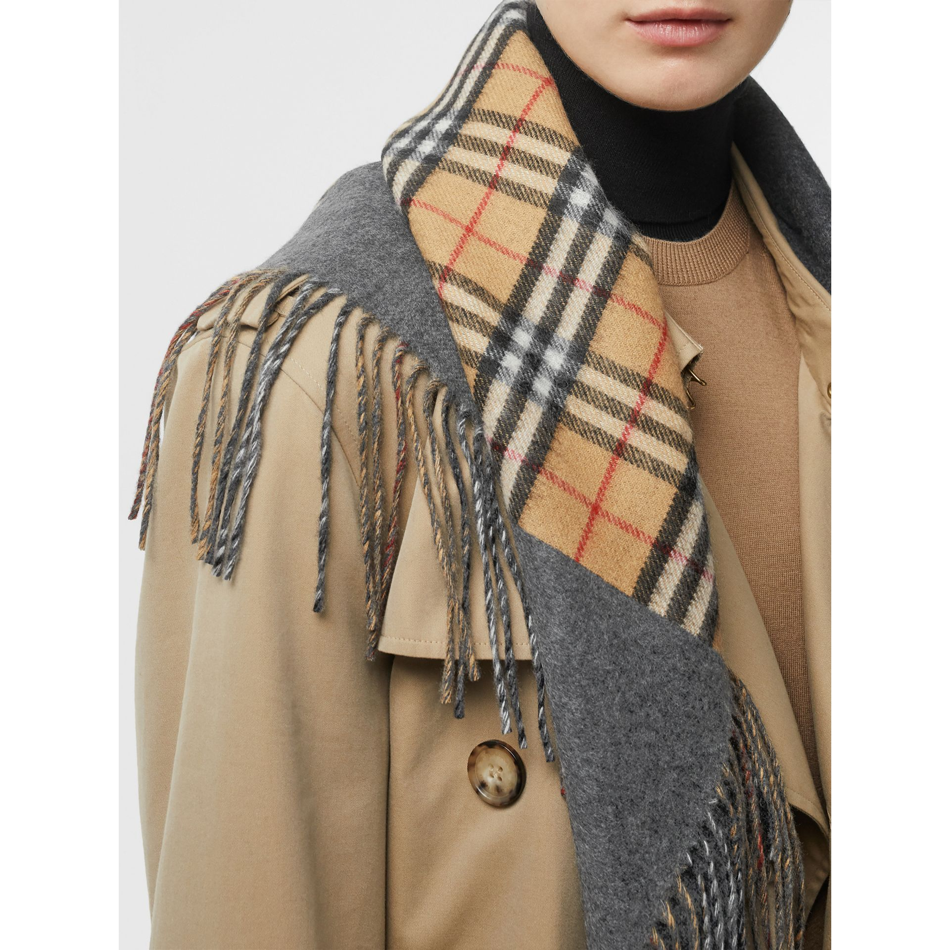 The Burberry Bandana in Vintage Check Cashmere in Pewter Grey | Burberry Australia - gallery image 2