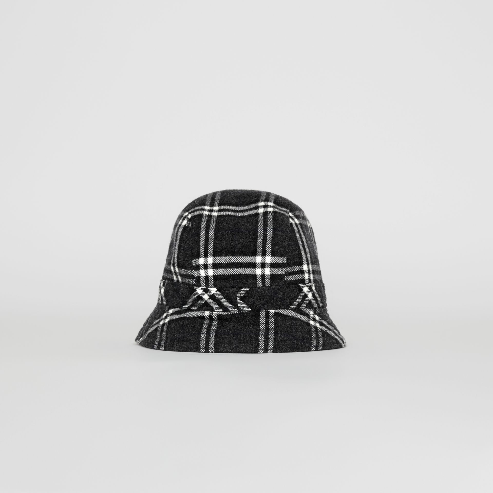 Gosha x Burberry Check Flannel Bucket Hat in Charcoal | Burberry - gallery image 6
