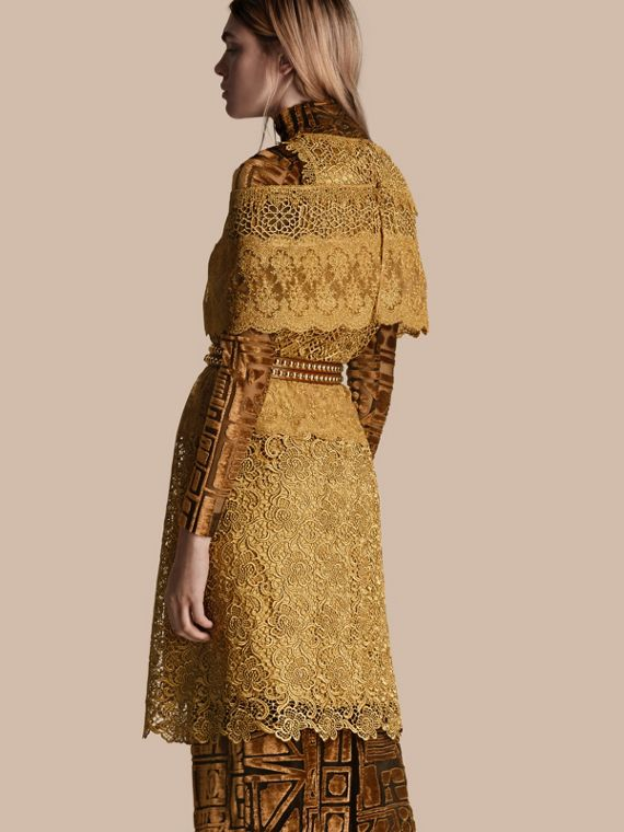 Gold Cape-sleeved Macramé Dress - cell image 2