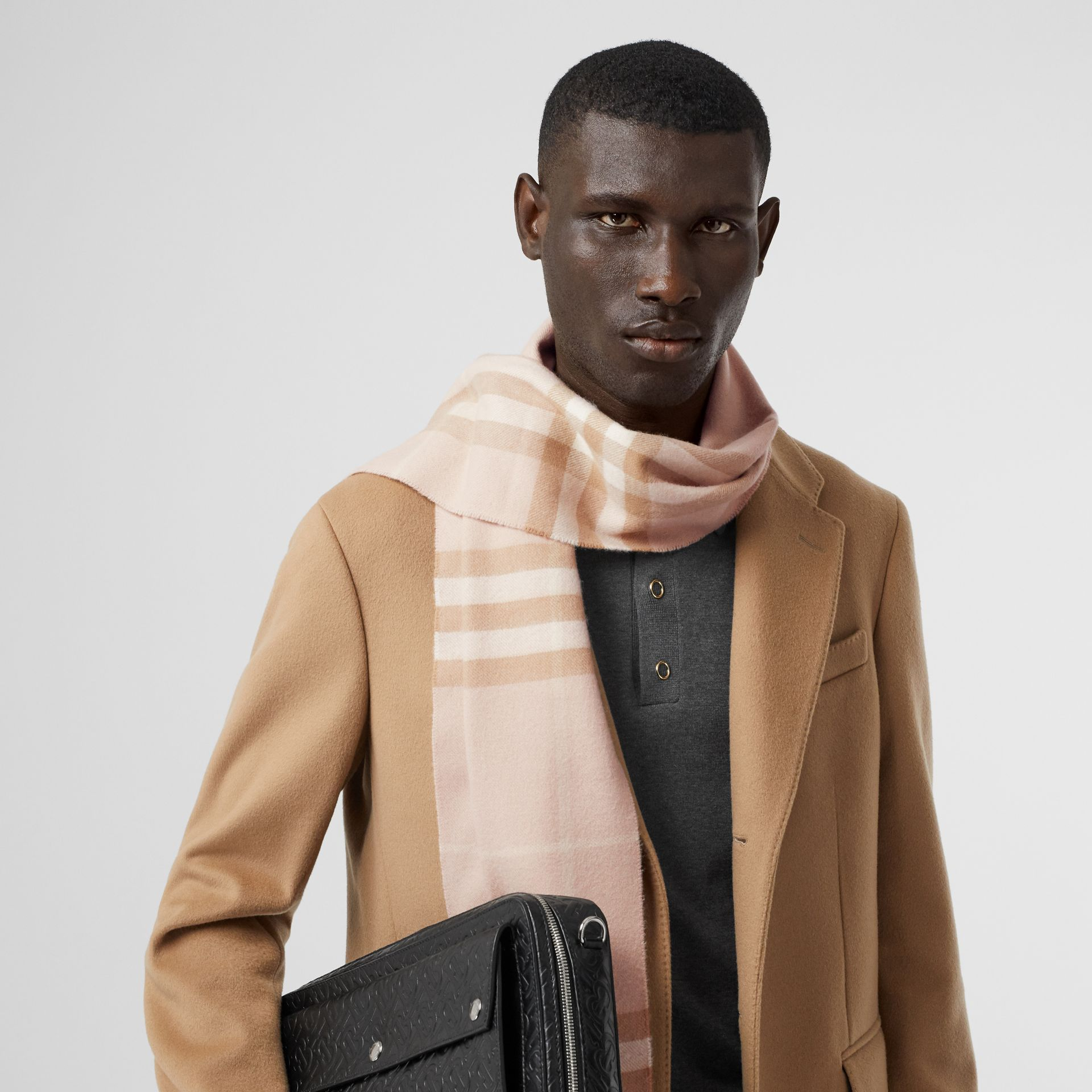 The Classic Check Cashmere Scarf in Blush | Burberry - gallery image 3