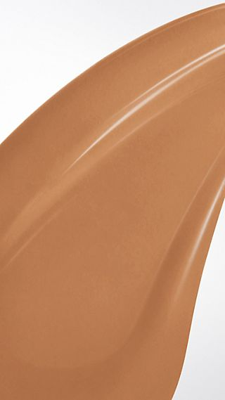 Burberry Cashmere Sunscreen SPF 20 – Dark Sable No.36