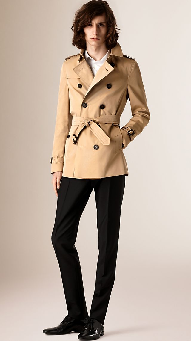 The Chelsea Short Heritage Trench Coat Honey