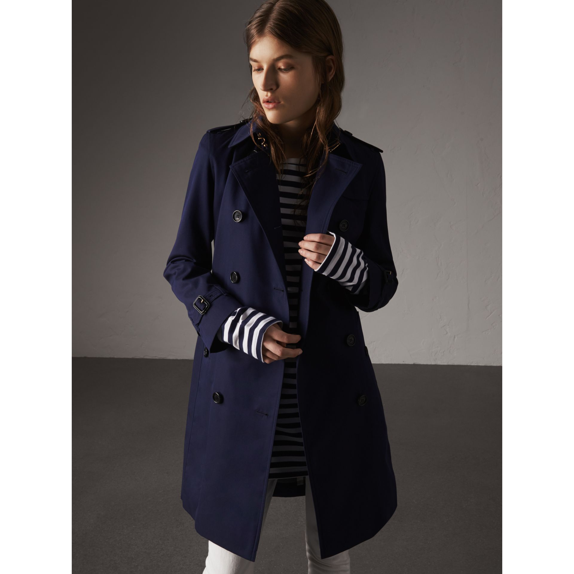 Cotton Gabardine Trench Coat in Blueberry - Women | Burberry Canada - gallery image 6