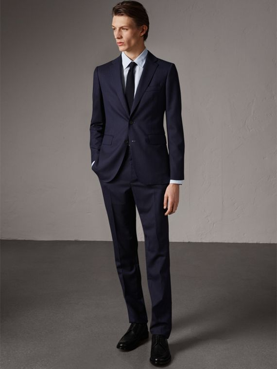 Soho Fit Herringbone Wool Suit in Navy