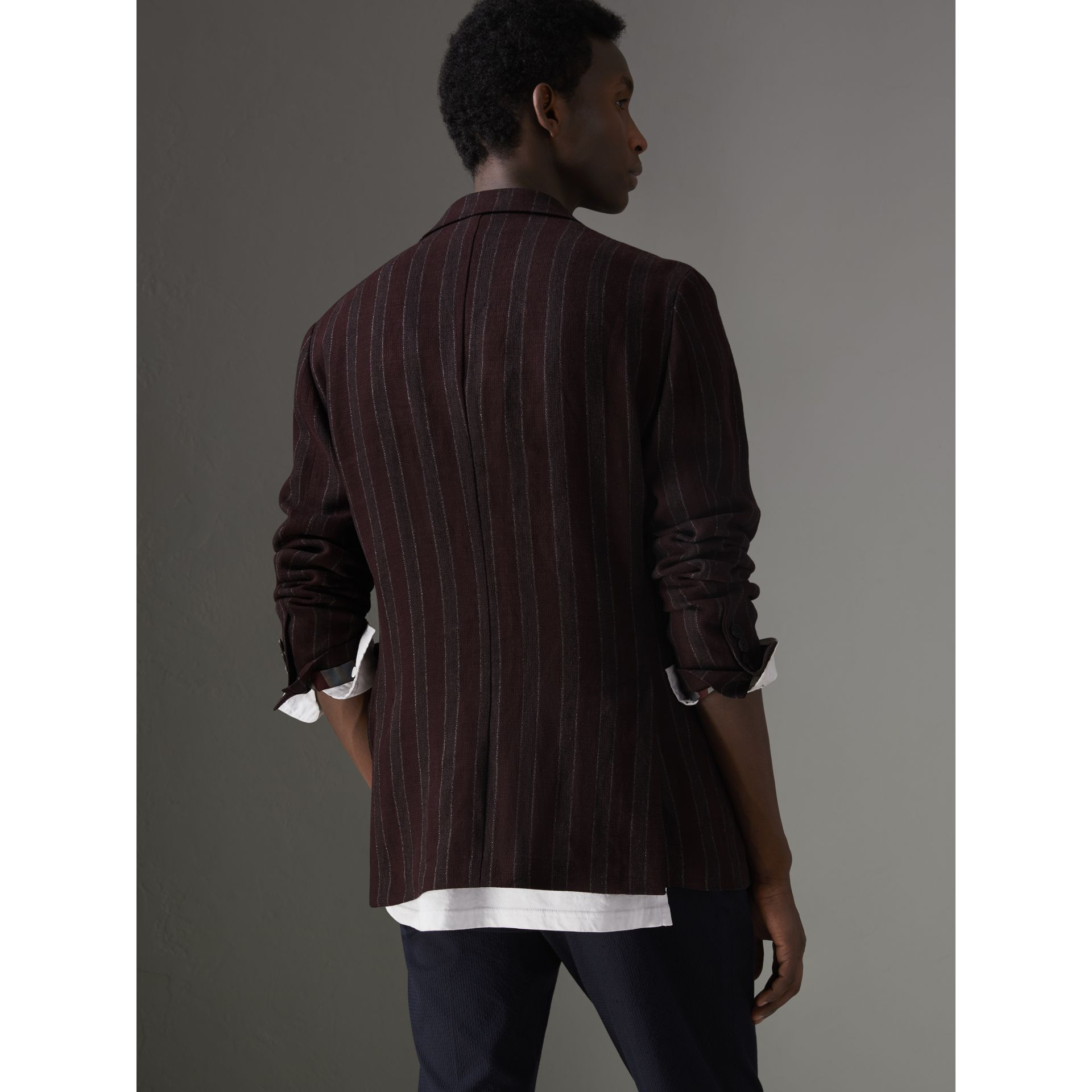 Soho Fit Striped Linen Tailored Jacket in Burgundy - Men | Burberry Canada - gallery image 2
