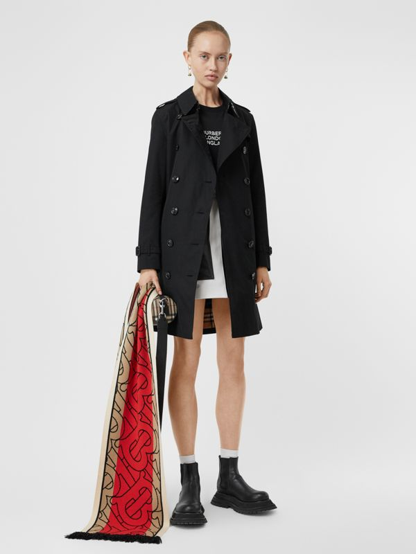Kensington Fit Cotton Gabardine Trench Coat in Black - Women | Burberry United Kingdom - cell image 2
