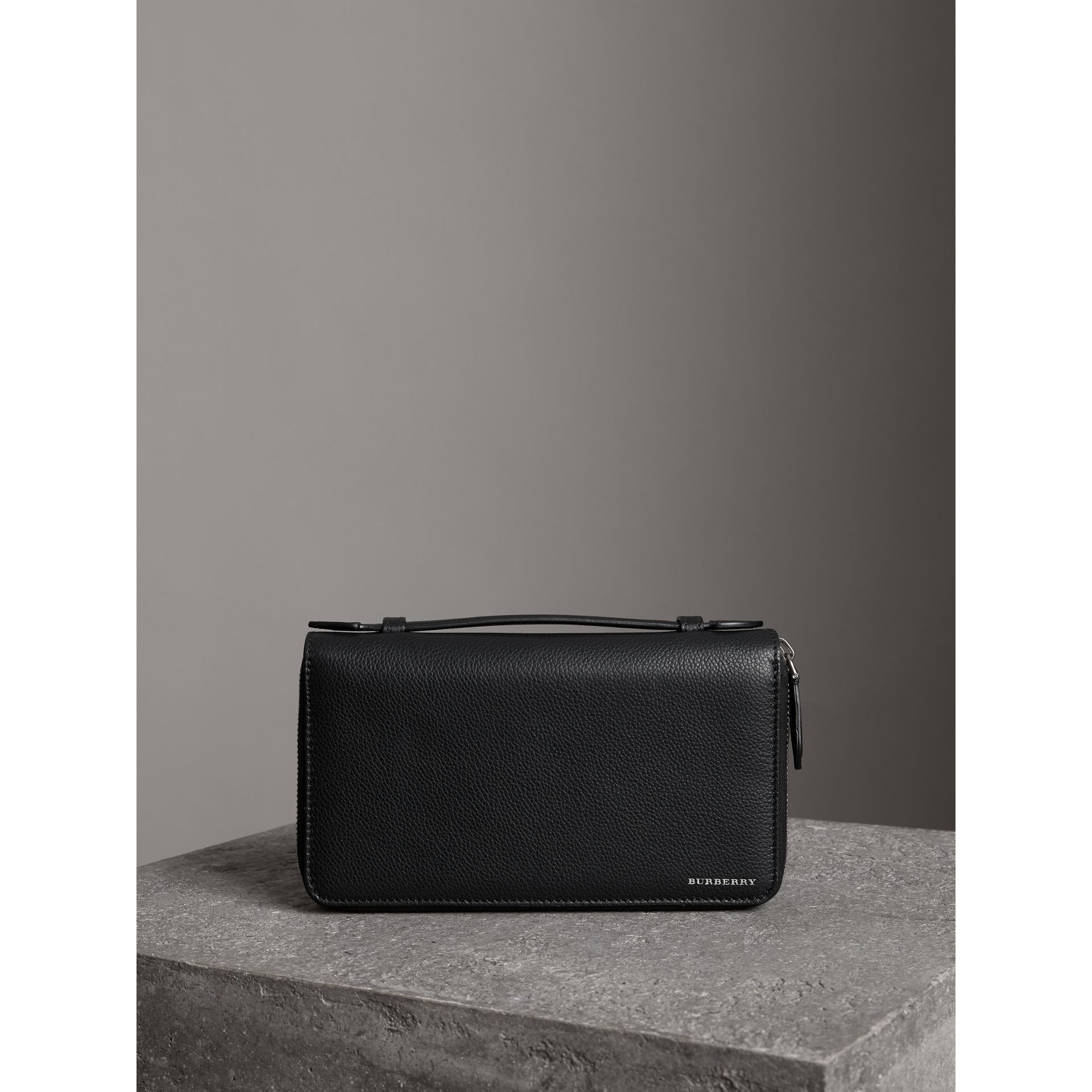 Grainy Leather Travel Wallet in Black - Men | Burberry - gallery image 4