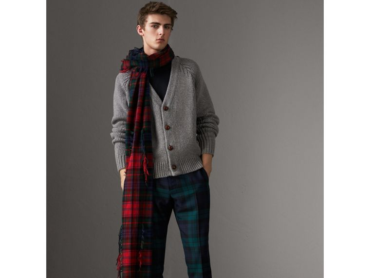 Chunky Knit Wool Cashmere Cardigan in Mid Grey Melange - Men | Burberry - cell image 4