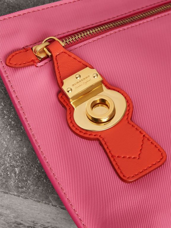 Two-tone Trench Leather Wristlet Pouch in Rose Pink - Women | Burberry United Kingdom - cell image 1