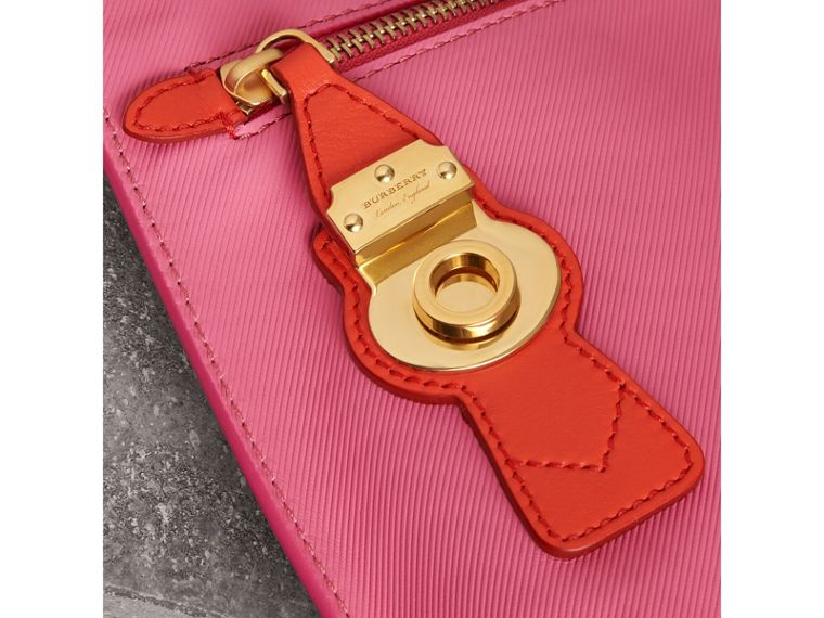 Two-tone Trench Leather Wristlet Pouch in Rose Pink - Women | Burberry - cell image 1