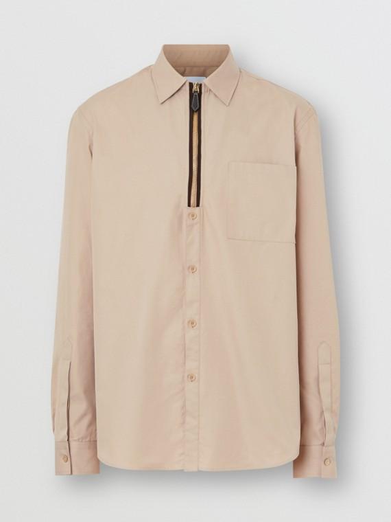 經典剪裁拉鍊細節設計斜紋棉質襯衫 (柔和淺黃褐色)