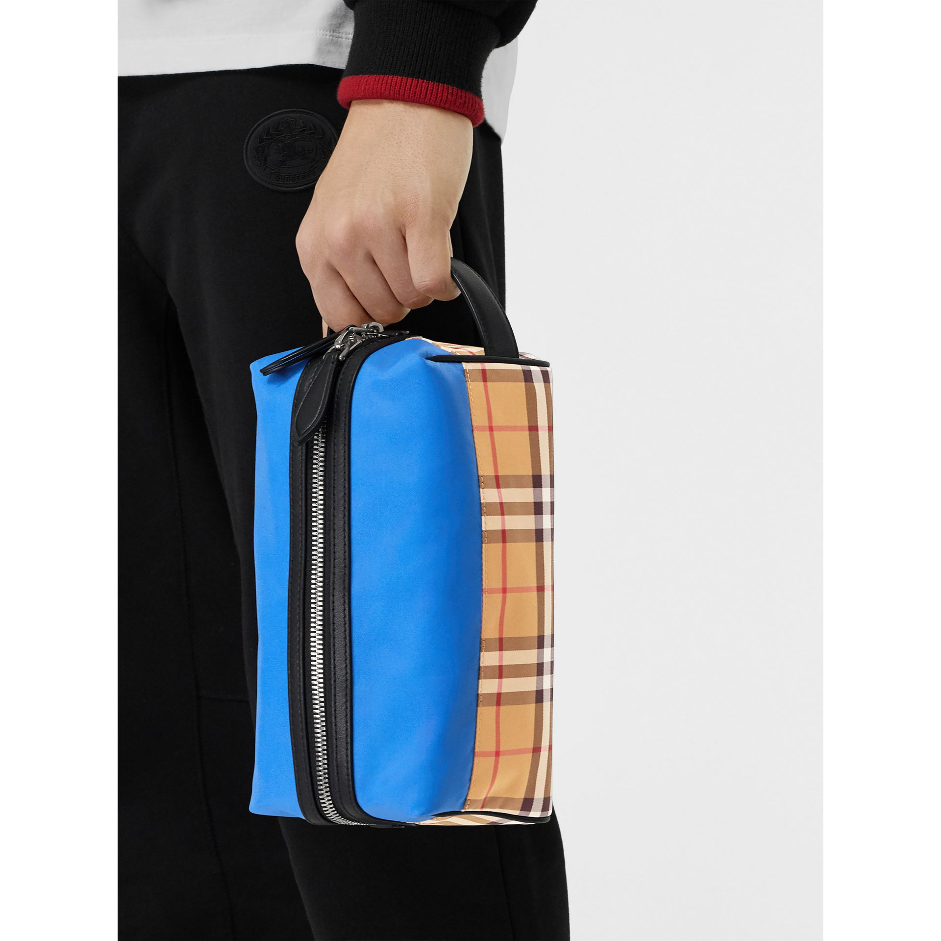 Vintage Check and Colour Block Pouch in Blue/vintage | Burberry - gallery image 5