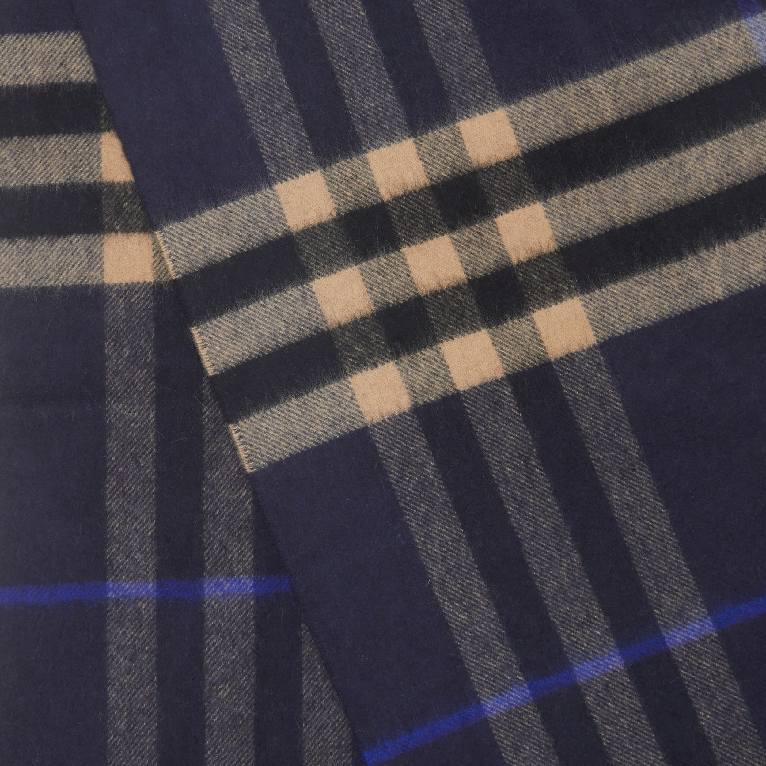 The Classic Check Cashmere Scarf in Indigo / Mid Camel | Burberry - 2