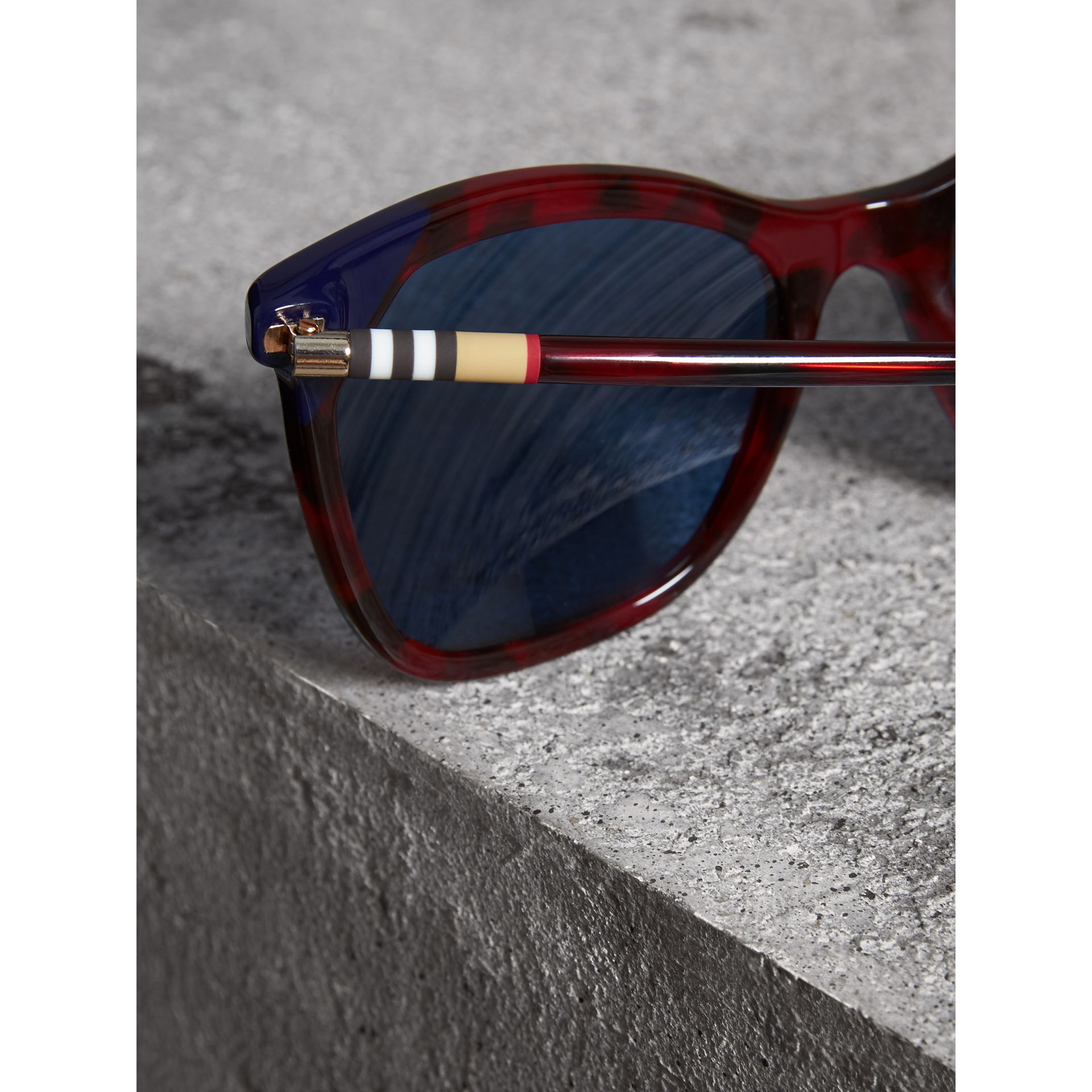 Marble-effect Square Frame Sunglasses in Red | Burberry - gallery image 1