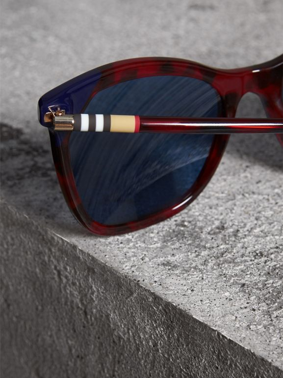 Marble-effect Square Frame Sunglasses in Red - Women | Burberry - cell image 1