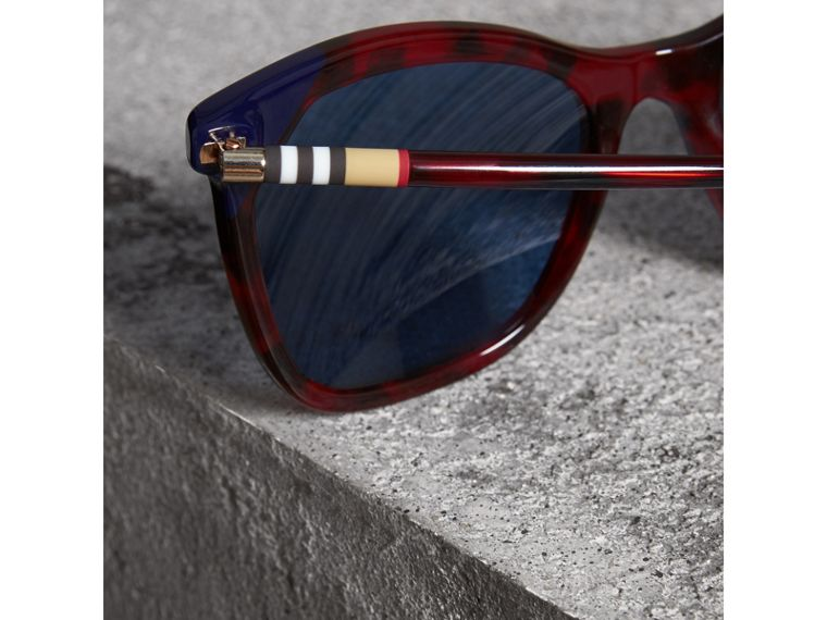 Marble-effect Square Frame Sunglasses in Red - Women | Burberry Australia - cell image 1