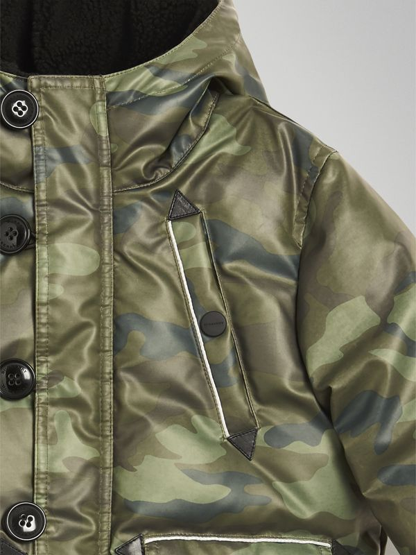 Camouflage Print Down-filled Puffer Jacket in Khaki | Burberry - cell image 3