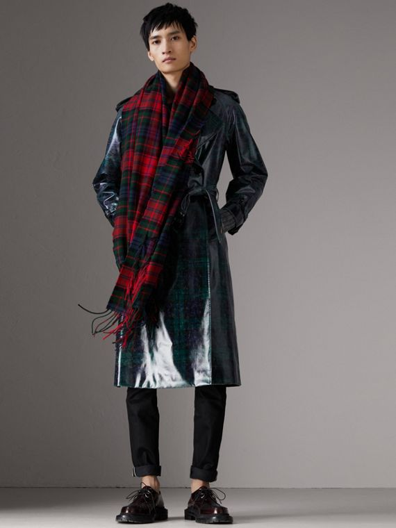 Fil Coupé Tartan Wool Cashmere Scarf in Bright Red | Burberry Australia - cell image 3