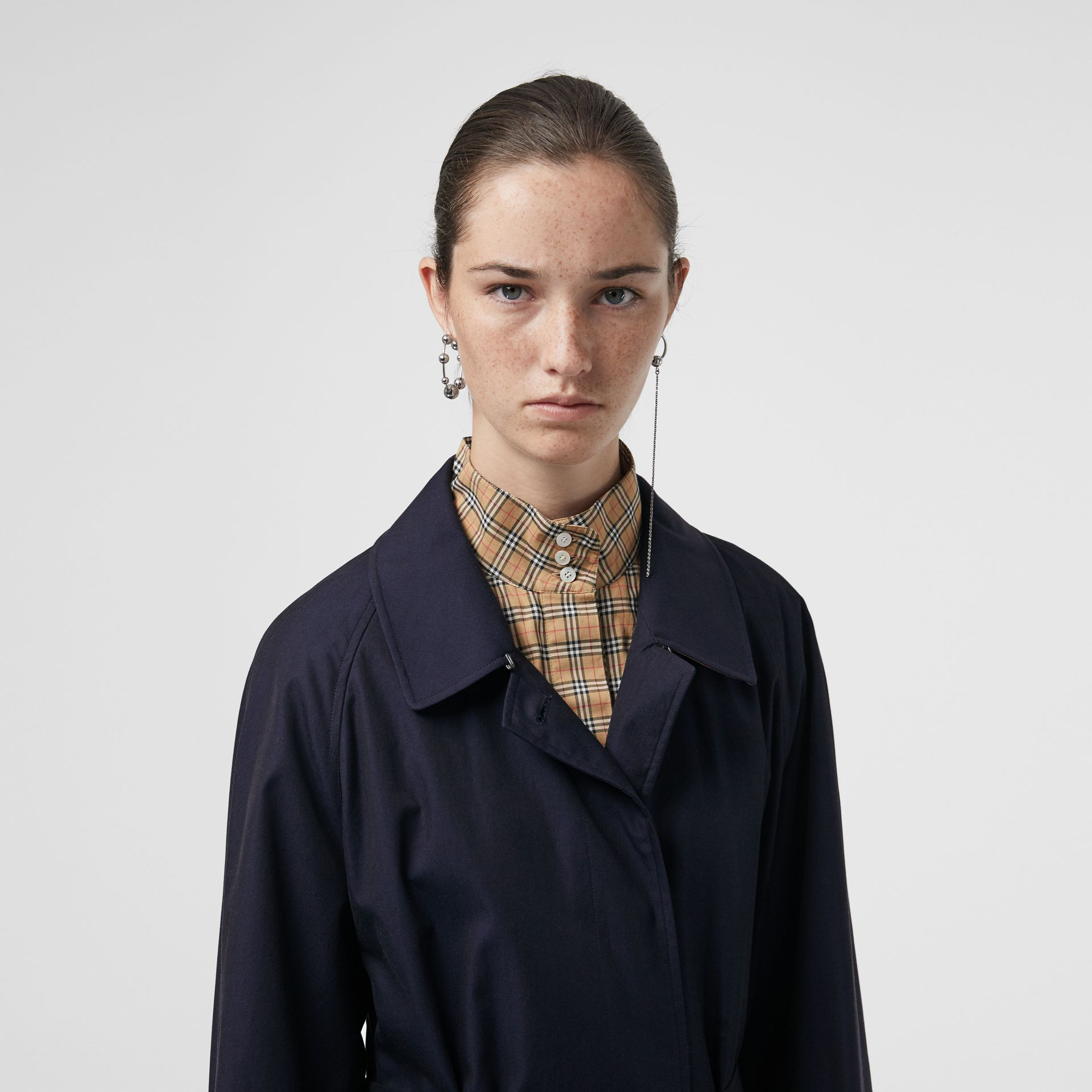 The Brighton Car Coat (Blu Carbonio) - Donna | Burberry - immagine della galleria 1