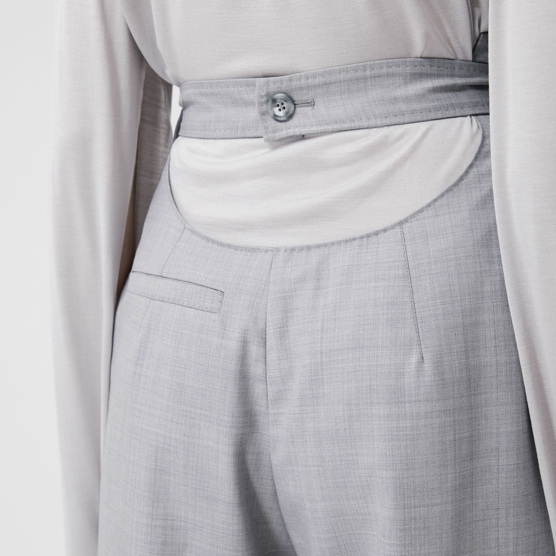 Cut-out Detail Wool Jersey Tailored Trousers in Cloud Grey - Women | Burberry Canada - gallery image 4