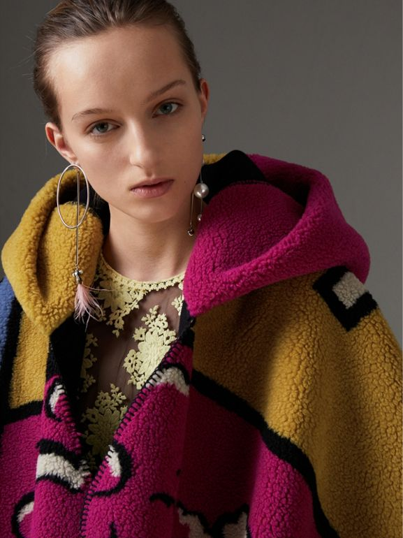 Poster Graphic Fleece Jacquard Hooded Poncho in Multicolour - Women | Burberry Canada - cell image 1