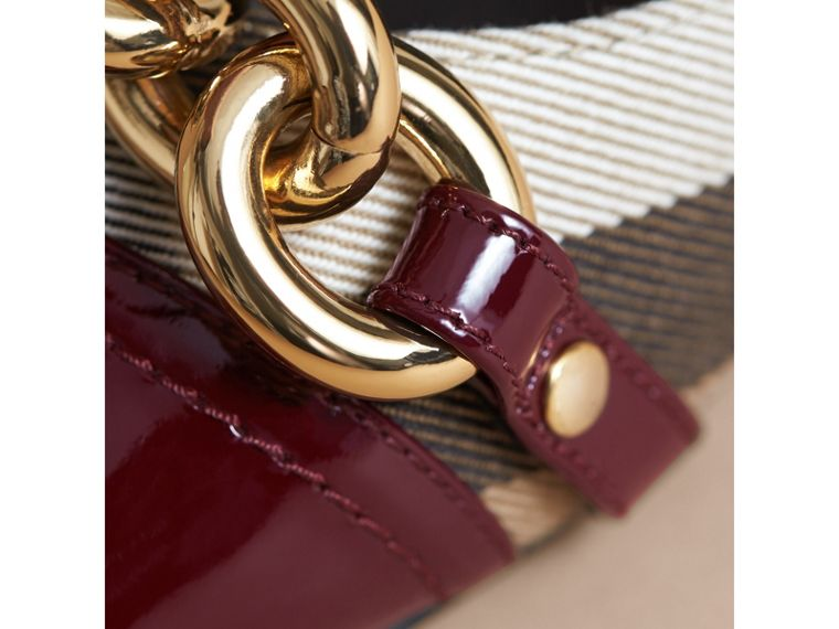 Chain Detail House Check and Patent Leather Ballerinas - cell image 1