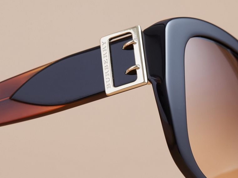 Buckle Detail Oversize Square Frame Sunglasses in Black - Women | Burberry - cell image 1