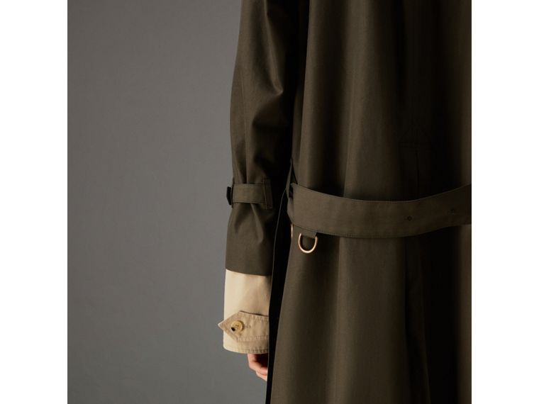 Tropical Gabardine Trench Coat in Dark Khaki Green | Burberry - cell image 4