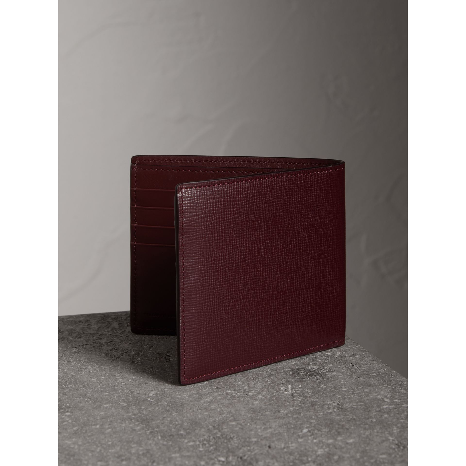 London Leather International Bifold Wallet in Burgundy Red - Men | Burberry - gallery image 3