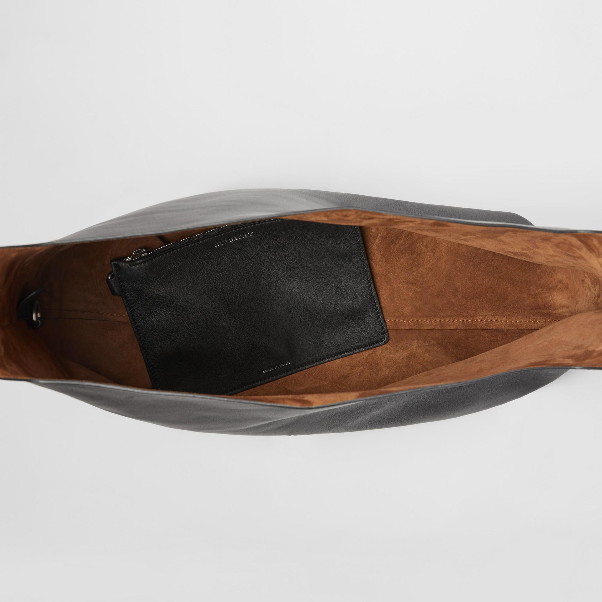 Кожаная сумка с люверсами (Черный) - Для женщин | Burberry - изображение 5