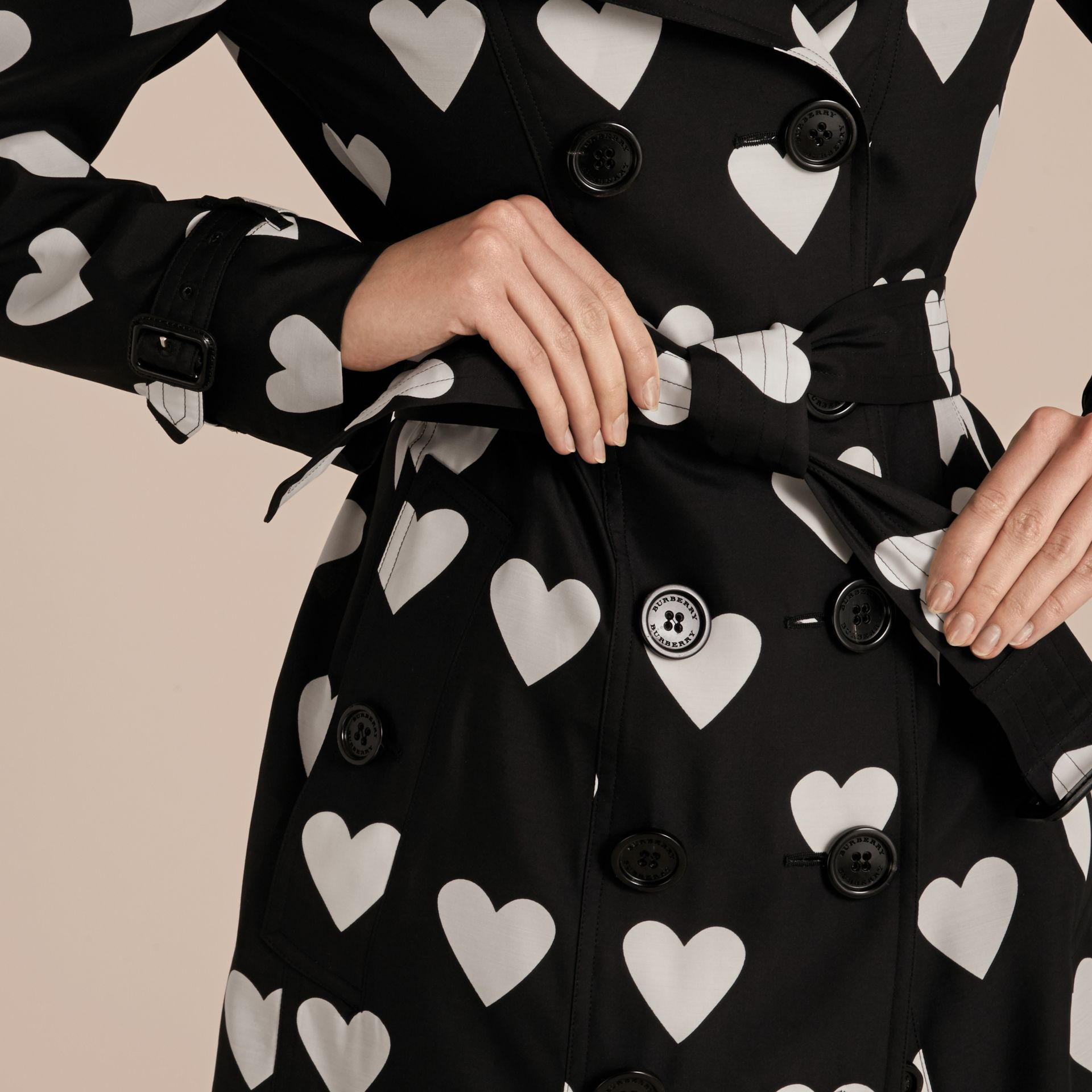 Black / white Lightweight Heart Print Silk Wool Trench Coat - gallery image 6