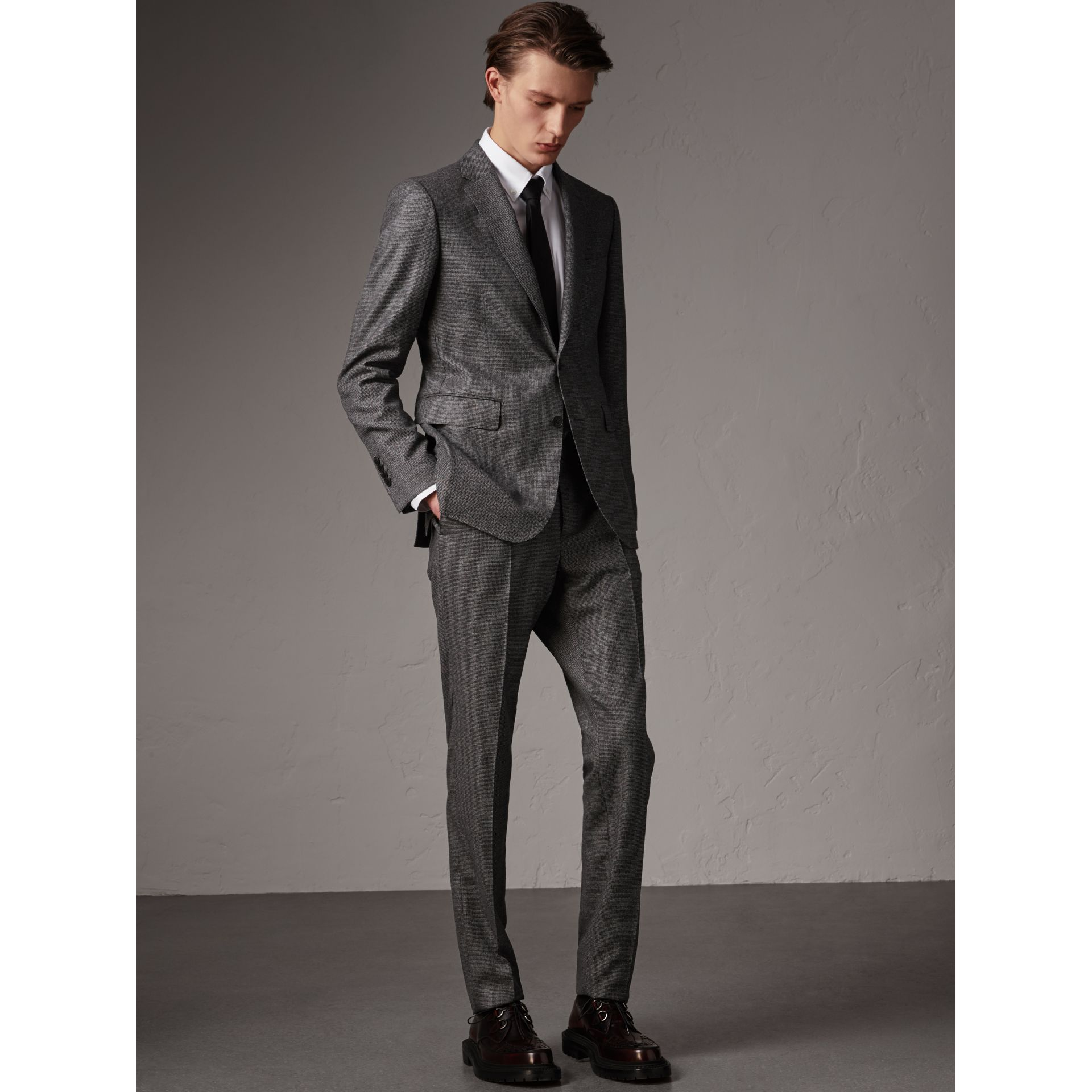 Soho Fit Houndstooth Check Wool Suit in Dark Grey Melange - Men | Burberry United Kingdom - gallery image 0
