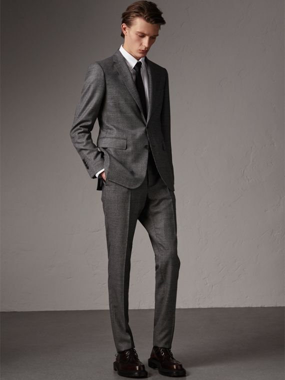 Soho Fit Houndstooth Check Wool Suit in Dark Grey Melange