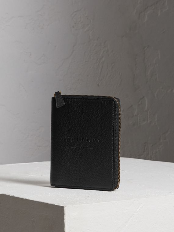 Embossed Grainy Leather Ziparound A6 Notebook Case in Black