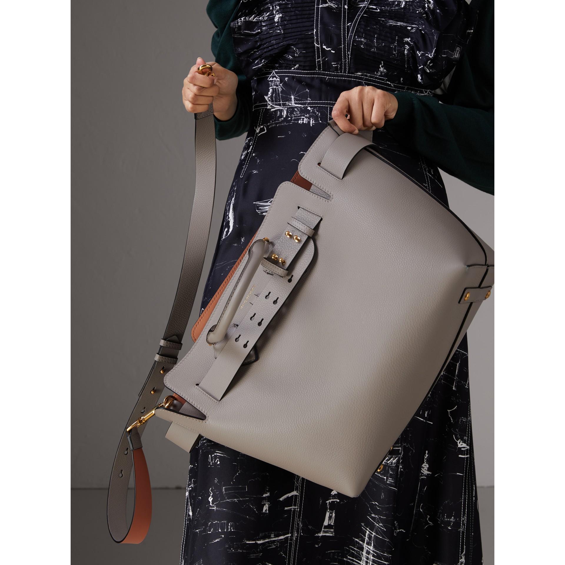 Bolsa Belt em couro - Média (Cinza Mineral) - Mulheres | Burberry - galeria de imagens 8