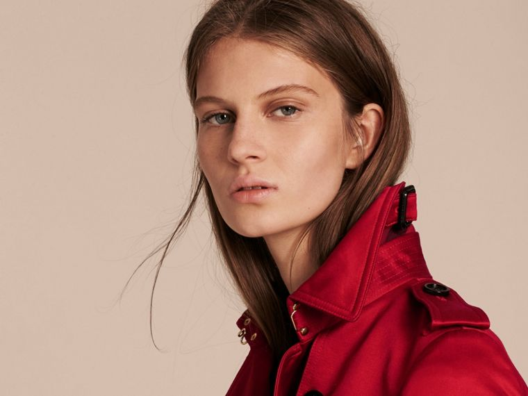 Rouge parade Trench-coat en satin de coton - cell image 4