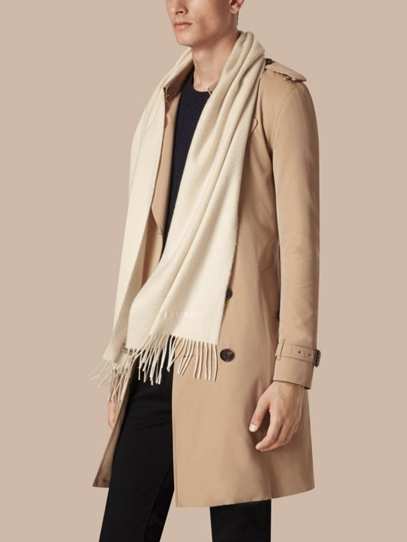 Natural white The Classic Cashmere Scarf Natural White - cell image 3
