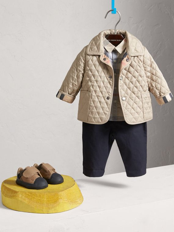 Check Detail Diamond Quilted Jacket in Mink | Burberry United Kingdom - cell image 2