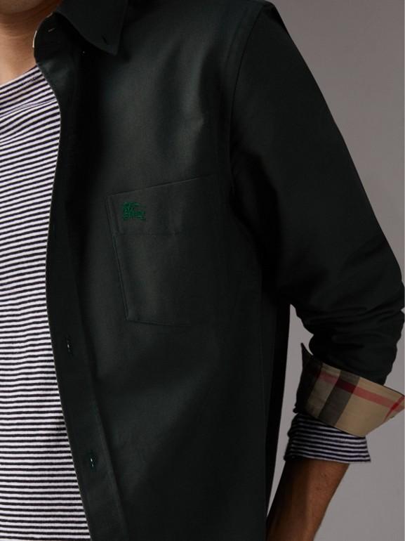 Camicia Oxford in cotone con dettagli tartan (Verde Foresta Scuro) - Uomo | Burberry - cell image 1