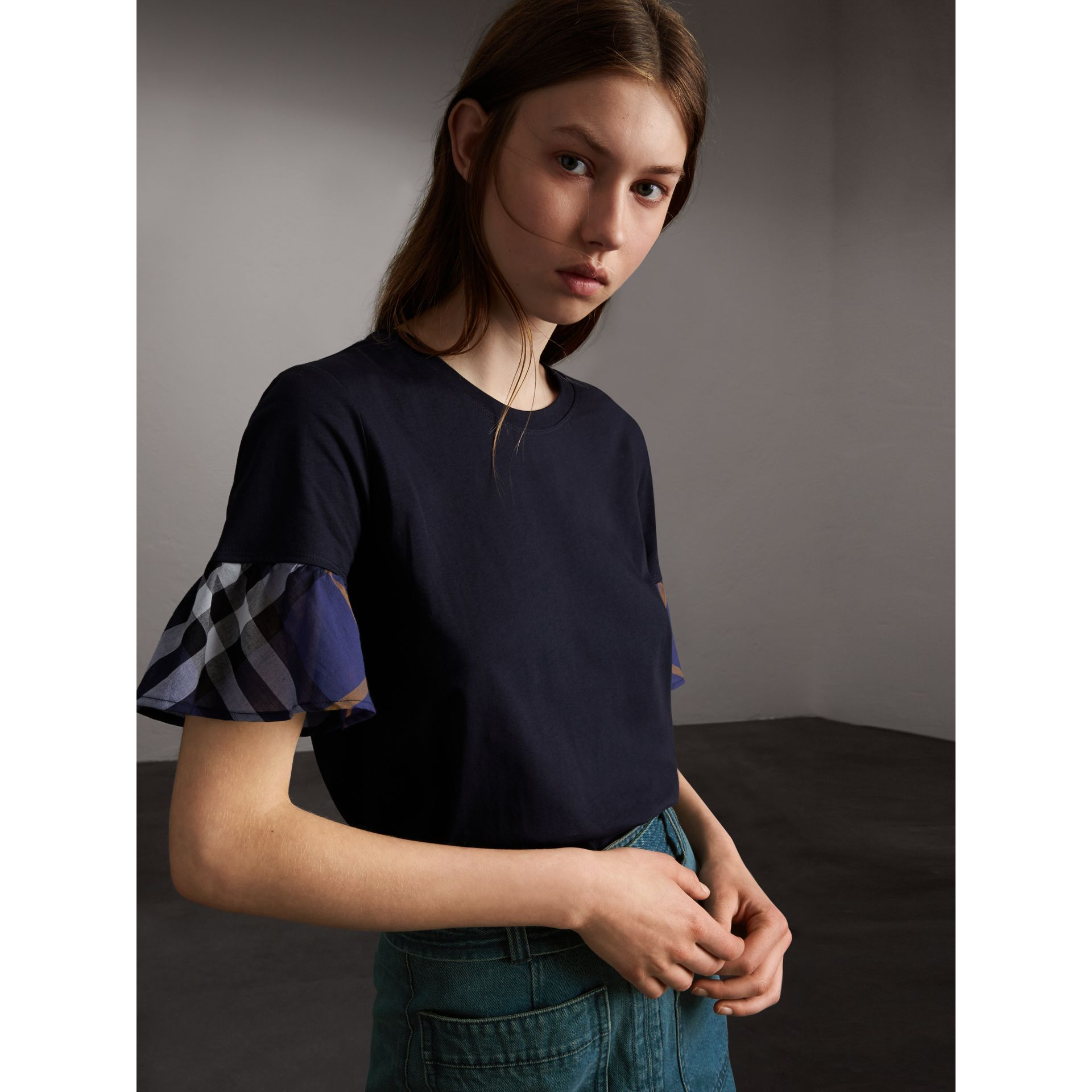 Flared-sleeve Check Detail Cotton T-shirt in True Navy - Women | Burberry - gallery image 6
