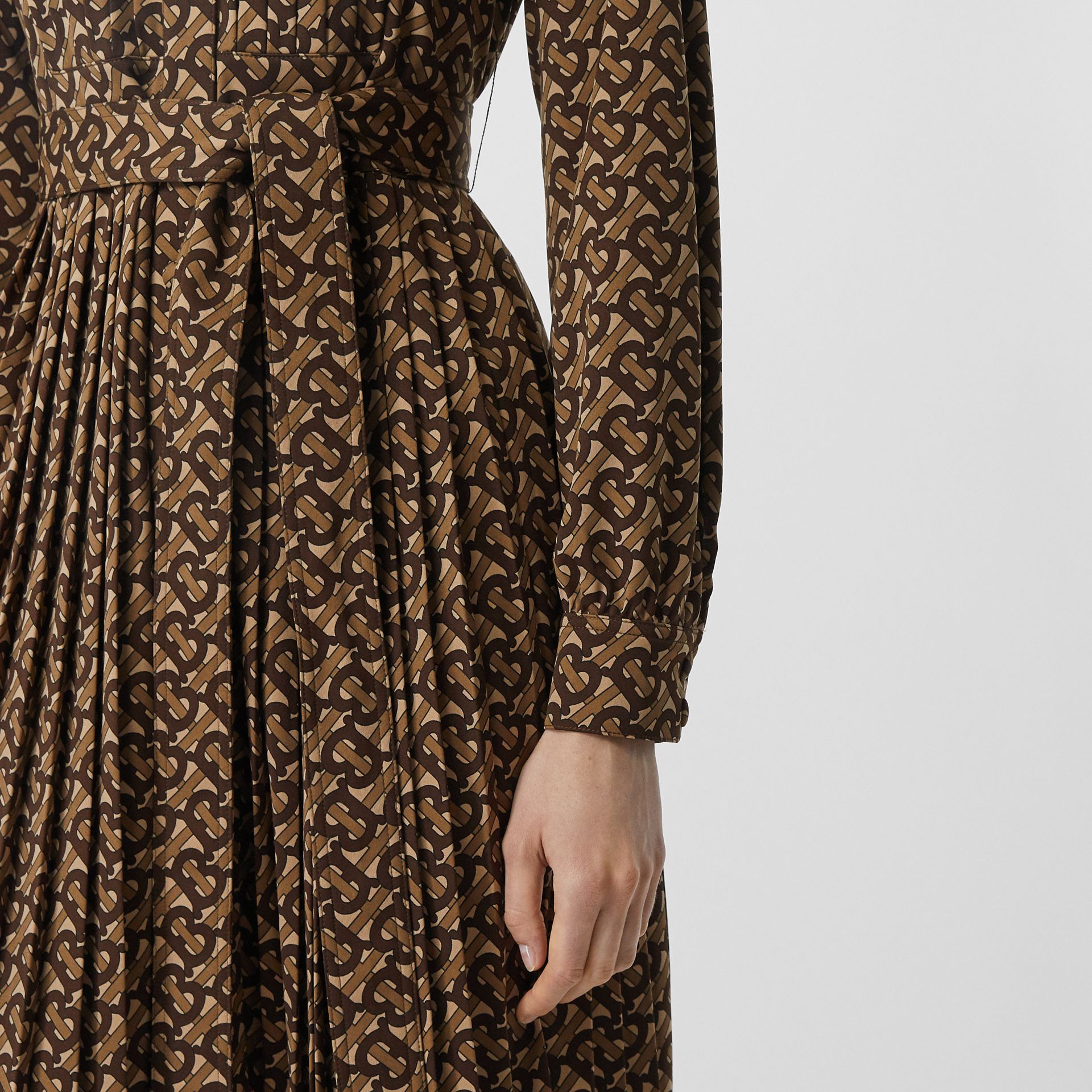 Pleated Monogram Print Jersey Tie-waist Shirt Dress in Bridle Brown - Women | Burberry - gallery image 4
