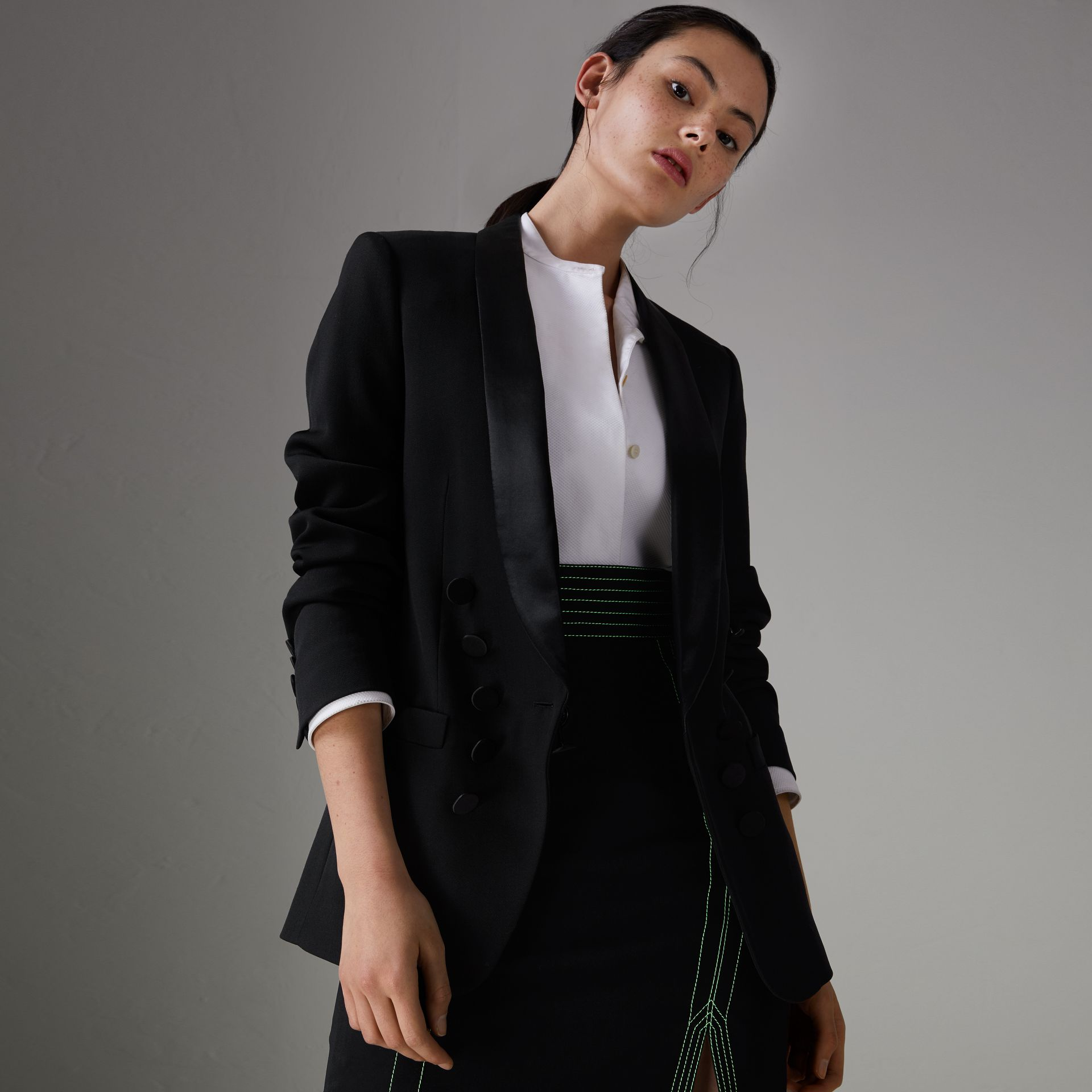 Silk Satin Detail Wool Tailored Jacket in Black - Women | Burberry Australia - gallery image 0