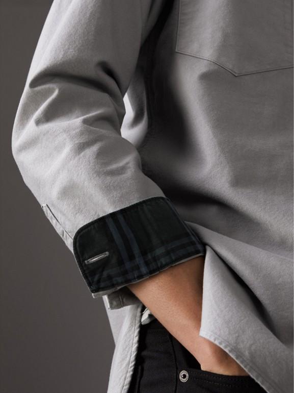 Camisa Oxford de algodão (Cinza Claro) - Homens | Burberry - cell image 1
