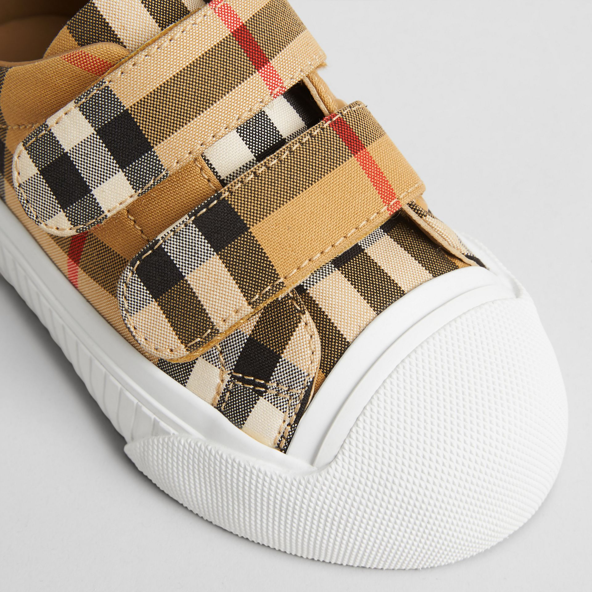 Sneakers en cuir à motif Vintage check (Blanc Optique/noir) - Enfant | Burberry - photo de la galerie 1