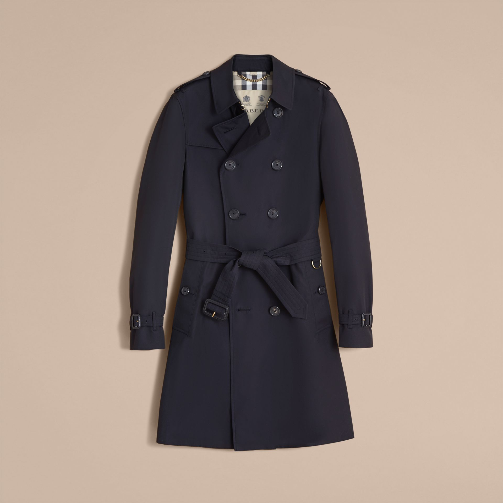 The Chelsea – Long Heritage Trench Coat in Navy - Men | Burberry - gallery image 4