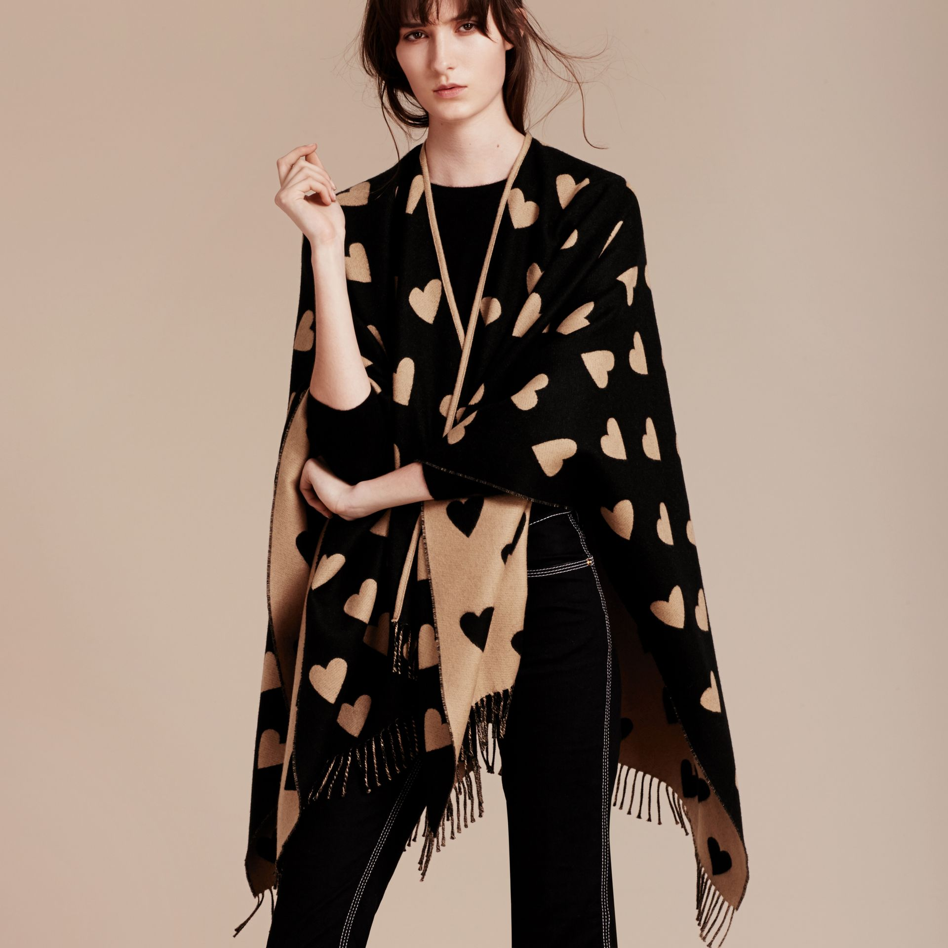 Heart Jacquard Merino Wool Poncho in Camel/black - gallery image 3
