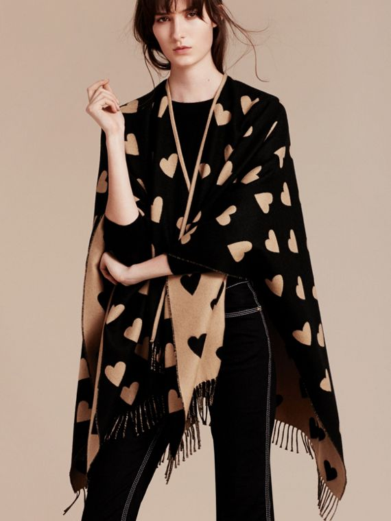 Camel/black Heart Jacquard Merino Wool Poncho Camel/black - cell image 2